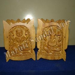 Sandalwood Lotus Front Picture