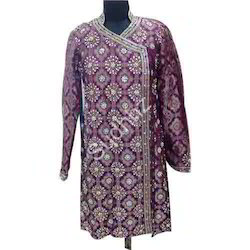 Men Embroidered Sherwani