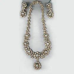 Solitaire Uncut Diamonds Antique Necklace Set