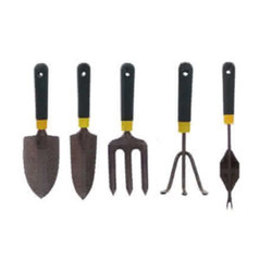 Black & Grey Five Pieces Garden Tools Set, For Gardens And Outdoors., Model Name/Number: L-132