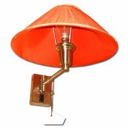 68 Wall Lamp