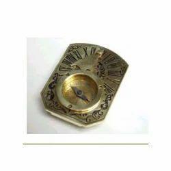 Butterfly Sun Dial Compass