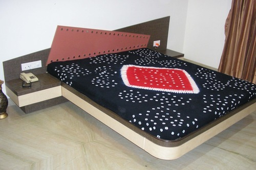 Wooden Designer Beds - Queen Size Bed Manufacturer from Ahmedabad