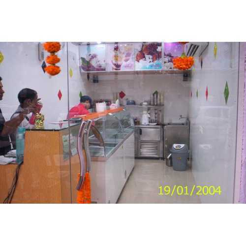 Ice Cream Parlor Designing Services In Patparganj Industrial Area